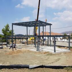 Steel Frame House In Kornos