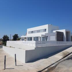 A Suburban Villa With A Beautiful View In Limassol